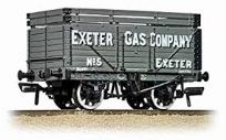 Bachmann 37-186 & Plank wagon with Coke rails Exeter Gas